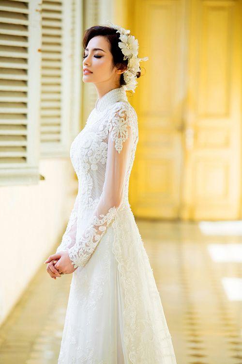 Mẫu áo dài đám hỏi đẹp và nhẹ nhàng cho cô dâu