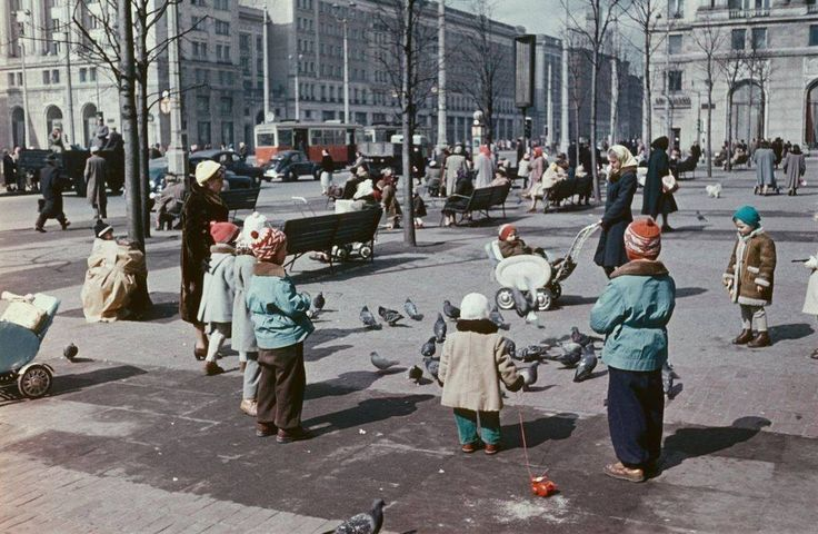 Plac Konstytucji, rok 1956  fot. Deutschefotothek