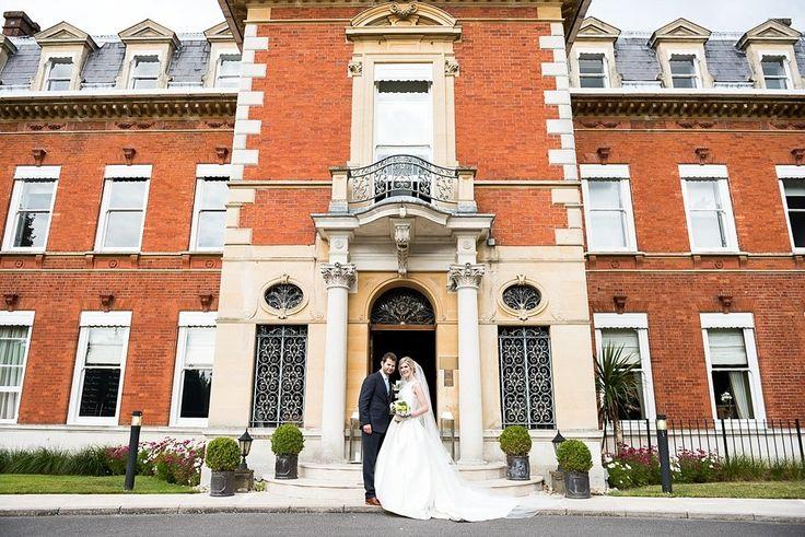 Fetchham Park elegant wedding venue Surrey © Fiona Kelly Photography