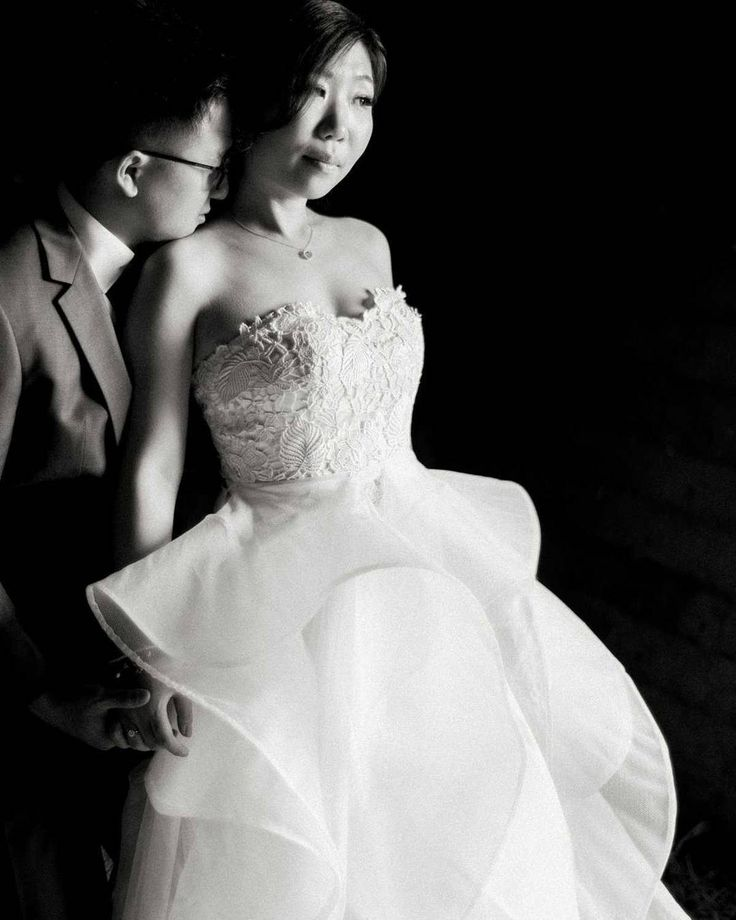 black and white wedding photography - bride + groom