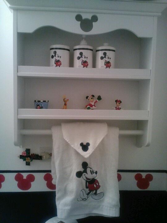 Micky Mouse bathroom