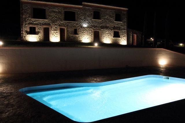 Very well-lighted #swimmingpool