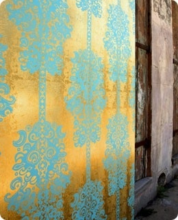 110 best gold walls images on pinterest arquitetura bathroom and bathroom interior - Turquoise wallpaper for walls ...