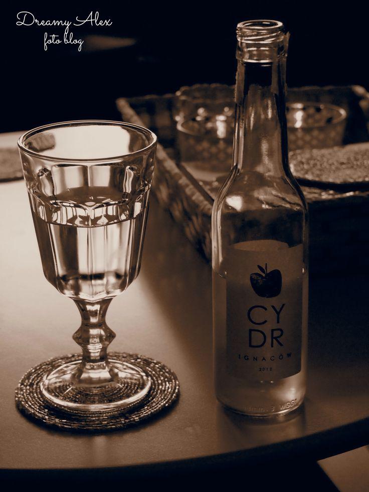 Cydr Ignaców - naprawdę doskonały napój na nasze polsko-afrykańskie upały ;) Ten szczególnie dobry, bo wyprodukowany ze świeżego soku, a nie z koncentratu. Polecam!