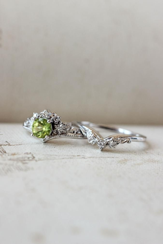 Engagement And Wedding Ring Set Peridot And Diamonds Wedding Band Peridot Engagement Rings Diamond Wedding Bands Nature Inspired Rings