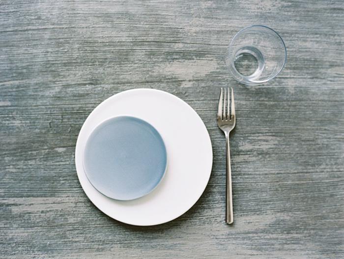 16-blue-white-natural-modern-wedding