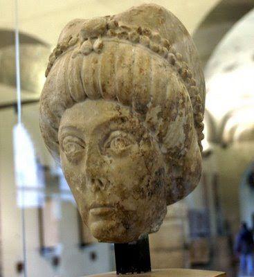 Adriana Pinto . Busto de la emperatriz Teodora