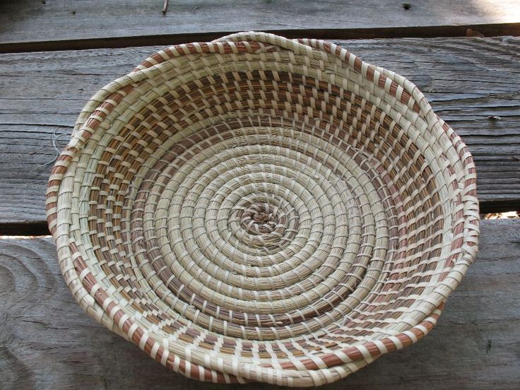 How To Weave A Sweetgrass Basket : Best images about baskets on flats