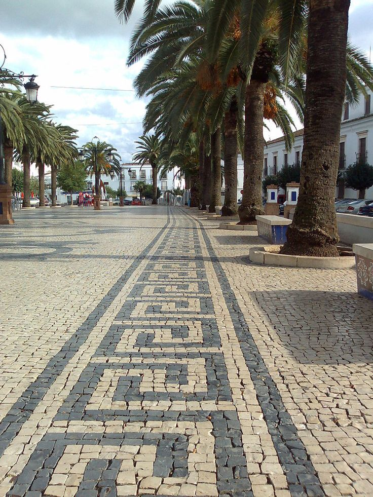 Portuguese pavement - Wikipedia, the free encyclopedia