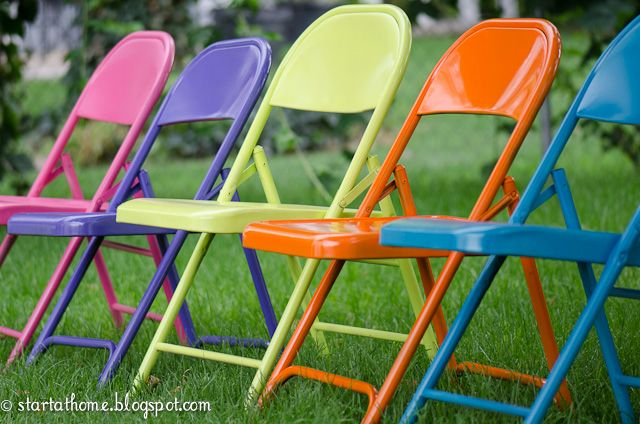 I have to do this!   Spray Paint Ugly Metal Folding Chairs by Brooke at Start At Home blog