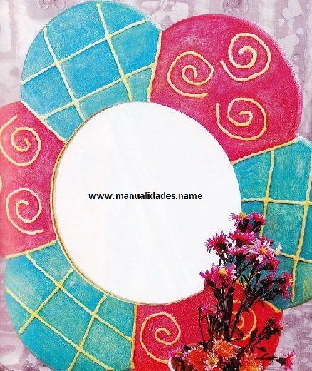 materiales base para el espejo en forma de flor de madera o