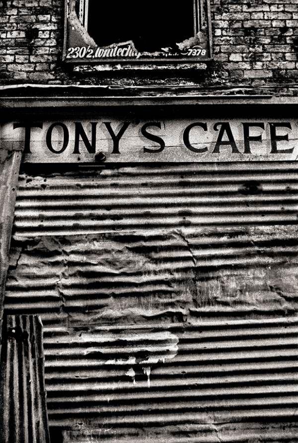 13-TONYS CAFE. E.1-64