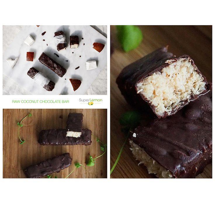 Raw chocolate and coconut anyone? Resepti Karita Tykän herkullisiin kookos-suklaapatukoihin löytyy SuperLemonin blogista: http://superlemon.fi/blogi/kookos-suklaapatukat/ Herkullista SuperLemonin raakakaakaota ja Dr. Goergin kookosöljyä. Patukat säilyvät jääkaapissa noin viikon ja pakastimessa ainakin kuukauden. Tosin nämä olivat niin hyviä etteivät ne ainakaan meillä päässeet vanhenemaan…;) www.superlemon.fi #superlemon #superlemonfi #superfood #cacao #superfoods #vegan #familybusiness #raw