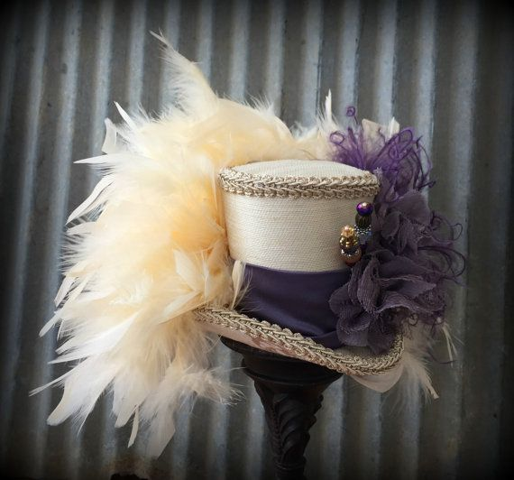 Mini Top Hat Cream and Dusty Purple Mini Top Hat por ChikiBird