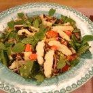 Bulgursallad med grillad halloumi och grönsaker