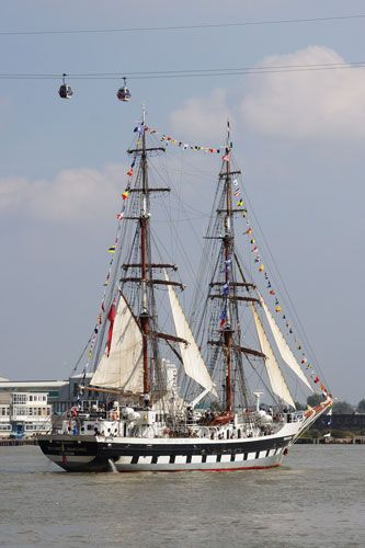 Stavros S Niarchos (???? - UK) Thames Tall Ships 2014 - Photo: © Ian Boyle, 9th September 2014 - www.simplonpc.co.uk