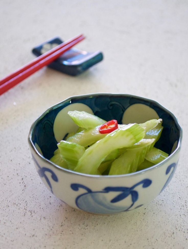 Simple Pickled Celery