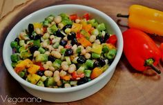 Salada de Feijões com Molho Cítrico - Veganana