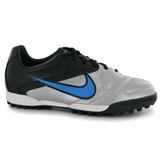 Kids Astro Trainers Nike CTR360 Libretto II Childrens Astro Turf Trainers from www.sportsdirect.com