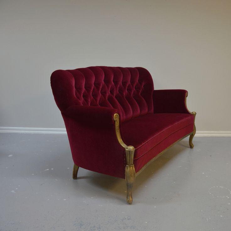 Härlig soffa i rött och guld