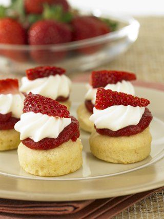 Frank Dale Foods - Strawberry and Cream Scones