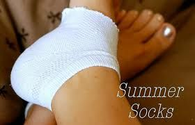 DIY Solutions for Summer Dry Heels: To, Good Ideas, Summer Socks, Flops Wear, Summer Feet, Wear Seasons, Dry Heels, Summer Dry, Soft Heels