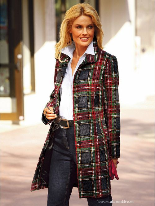 Stylish three quarter tartan coat