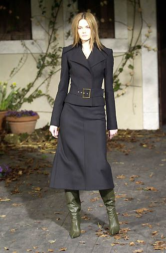 Dolce & Gabbana - Ready-to-Wear - Fall / Winter 2001