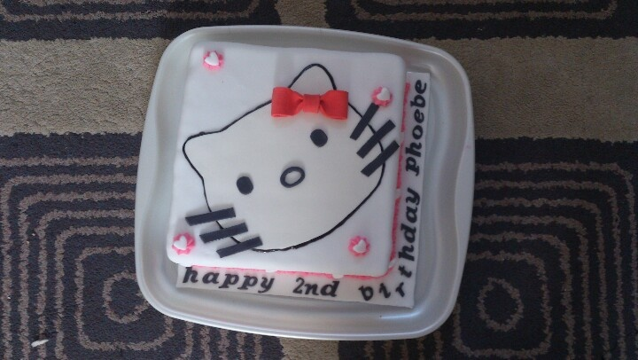 Hello Kitty 2nd birthday cake for Phoebe