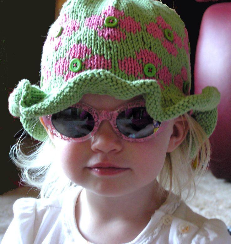 Fun, Colorful Easy Knitting Pattern for Child's Ruffled Hat PDF – Minnesota Custom Woolens
