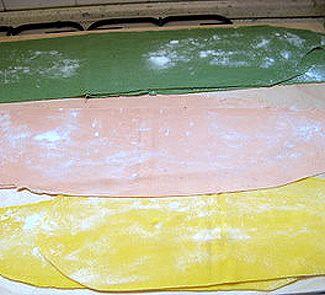 Цветное тесто для домашней пасты Maltagliati ripieni