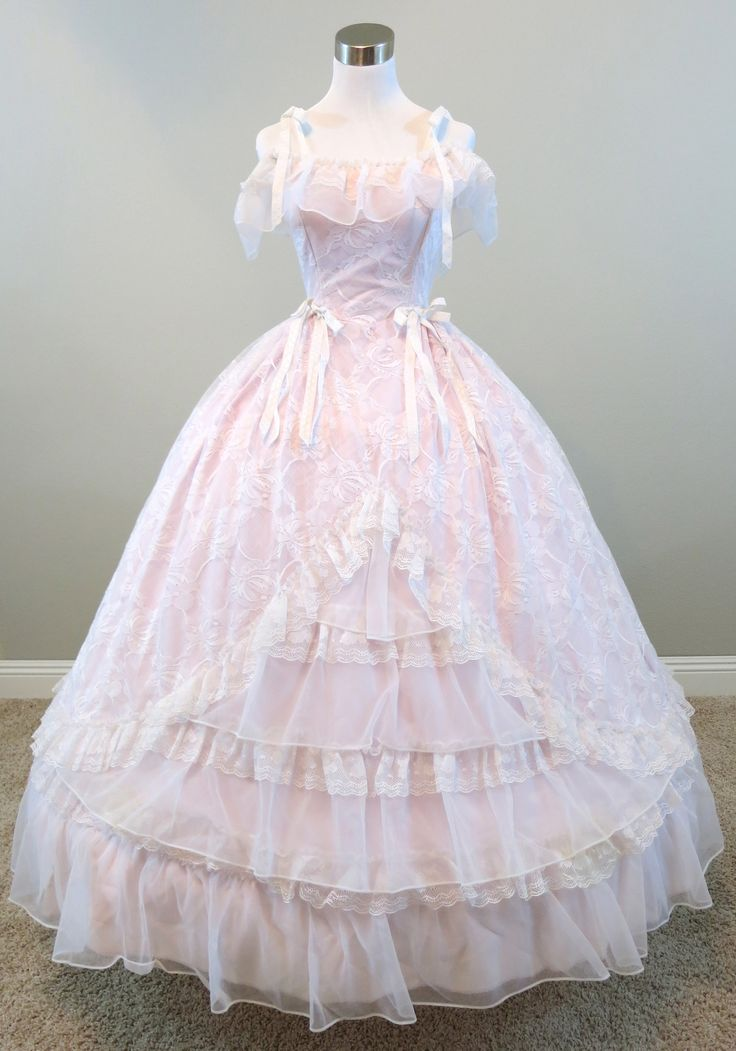 56 best civil war ball gown images on Pinterest | Southern belle ...