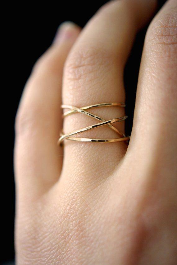 Großer Gold-Wickelring, 14k Goldfüllring, verwickelter Goldring, goldener Cocktailring, Goldwickel um Ring, zarter Goldring