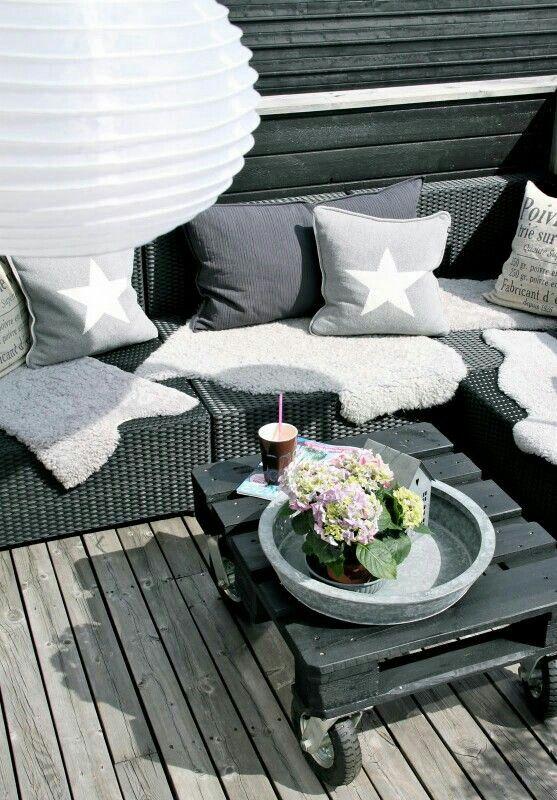 25 beste idee n over rattan lounge m bel op pinterest. Black Bedroom Furniture Sets. Home Design Ideas