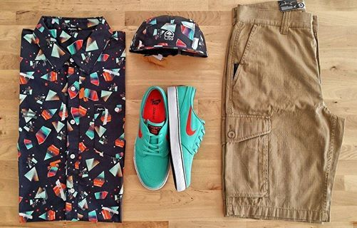 Today`s outfit!!!  LRG Overspray Shirt Black - LRG Creative Castaways 5 Panel Black -  Nike Stefan Janoski Crystal Mint Light Crimson -  LRG Classic Cargo www.ImperatorShop.ro