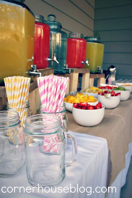 Lemonade bar!!! Choose your color, yellow or pink, add your fruit flavor and get a cute straw!!!!!