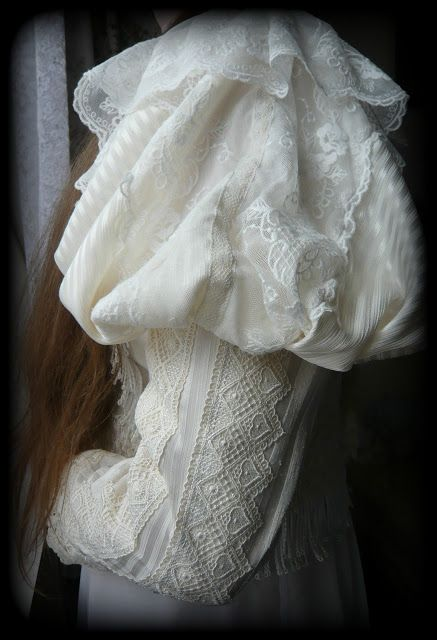 Dollhouse Diaries: Victorian-inspired Lolita winter jacket: project diary part II