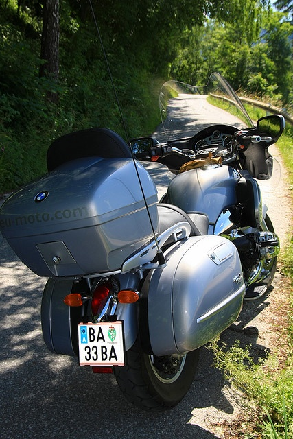 :: eu-moto - Bernhard Egger - photo.egger [at] gmail.com - www.inaustria.at PHOTOS | in touch with passion... motorcycle holidays, BMW R1200CL eu-moto - motor bike satisfaction and useful travel information, aiming to facilitate your ride and to ren Travel in Europe