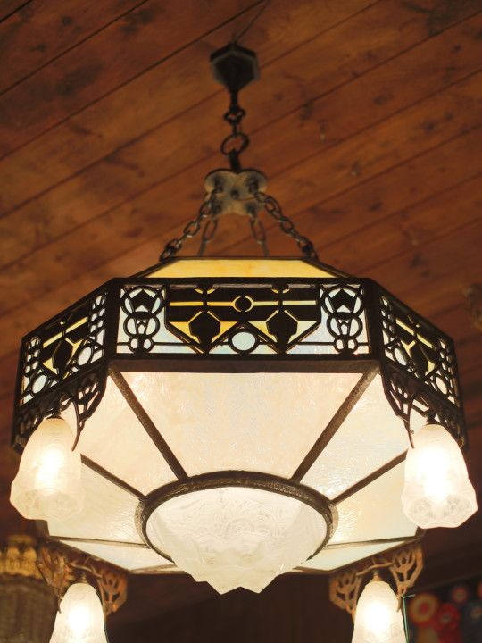 Yankee craftsman ○ ○ new englands largest selection of antique lighting specializing in antique restoration and custom lighting since