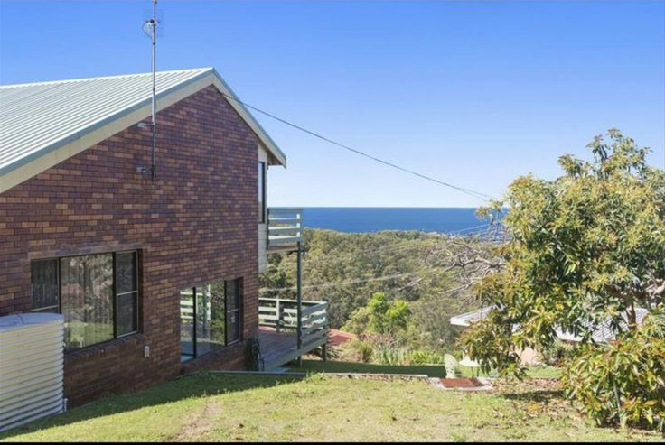 Watch the whales from your balcony. ***AUCTION TOMORROW*** Saturday 29th Oct, 1pm. This is one of the highest elevated residential properties in the area so bring your camera, the views are spectacular