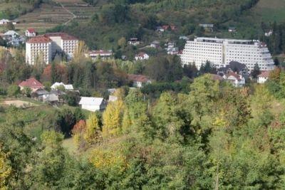 Tratamente la poalele Munţilor Rodnei http://www.antenasatelor.ro/turism/7299-tratamente-la-poalele-muntilor-rodnei.html