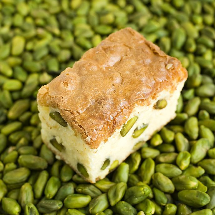 Pistachio and white chocolate brownie