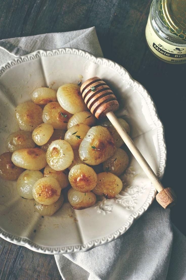 Un piatto semplice ma ricco digusto e sapore, si possono servire come antipasto o da contorno insieme a della carne.  Il contrasto ag...