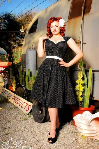 Pinup Couture - 50s Heidi Pin Dots Dress in Black