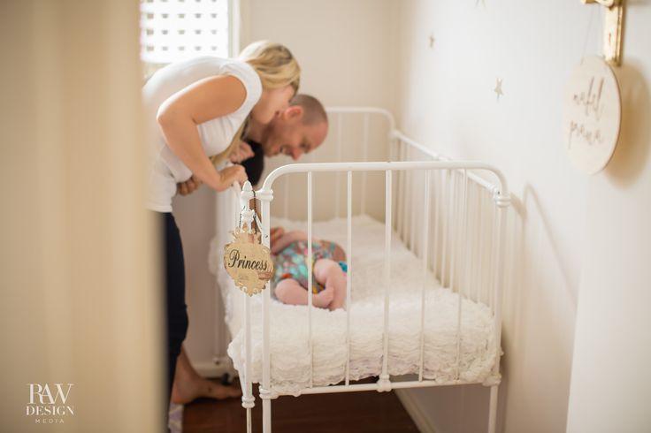 Brisbane Photographer, newborn poses, lifestyle family session, family photography