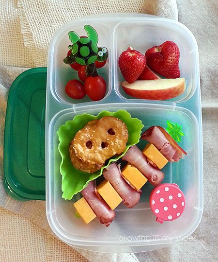 Great Ideas For School Lunches Love The Meat And Cheese Skewer Tortellini With Sauce Bento Box Lunch