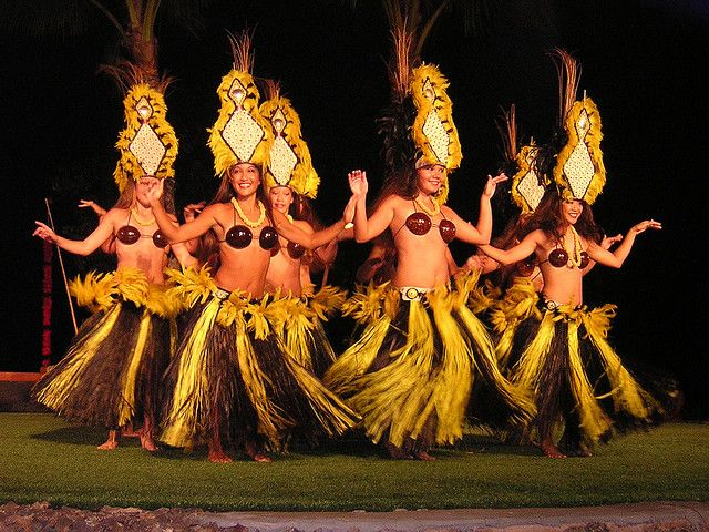 The Hawaiian Hula Dance: 10 facts you may not already know | Go ...