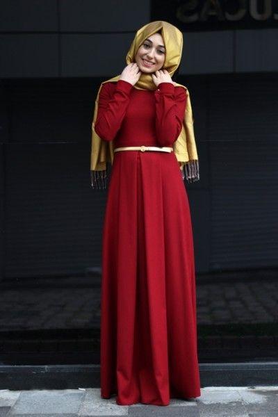 Banu Begüm Kırmızı Pileli Elbise   modameyra