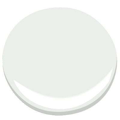 """Decorator's White, CC-20, Benjamin Moore. Who: Jeff Andrews  What: Decorator's White, CC-20, Benjamin Moore Why: """"I love this white for ceilings and woodwork, or in any room where I want a bright, clean white. It works well in all applications and with every kind of light source. Some whites can be cold and slightly blue, while others can have a creamy, yellow tone, but Decorator's White is a true white that is both warm and modern. It's been my go-to paint for years."""""""