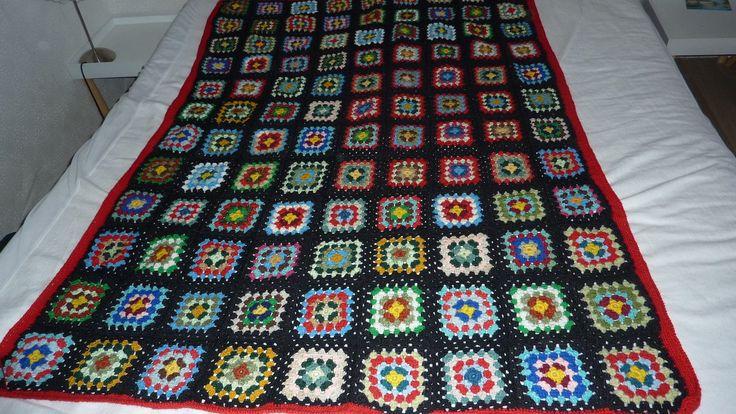couverture plaid crochet tricot fait main vintage. Black Bedroom Furniture Sets. Home Design Ideas